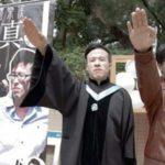 Student z Uniwersytetu w Hongkongu pozuje z nazistowskim pozdrowieniem