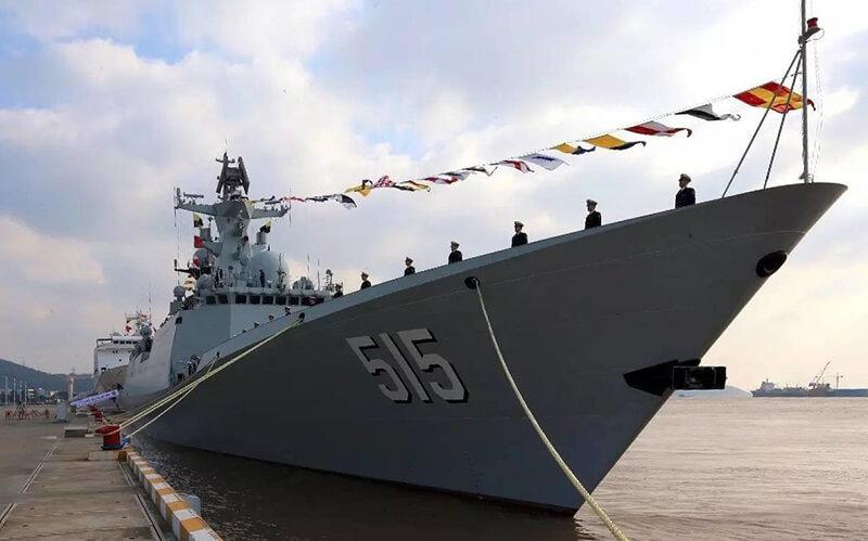 Chiński okręt w Gdyni