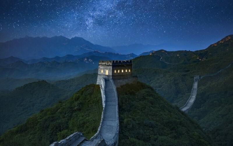 noc na Wielkim Murze