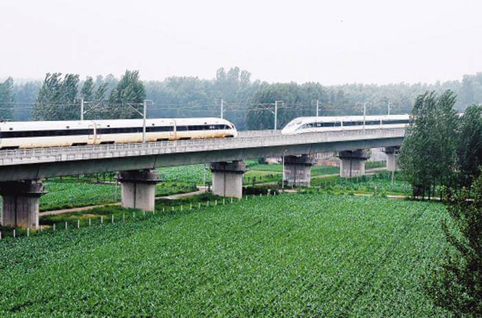 high-speed-train-surpasses-420-km_h-speed-test