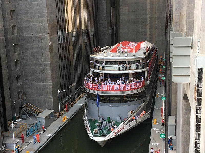 worlds-largest-ship-lift-at-three-gorges-dam