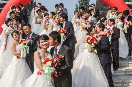 Grupowe śluby