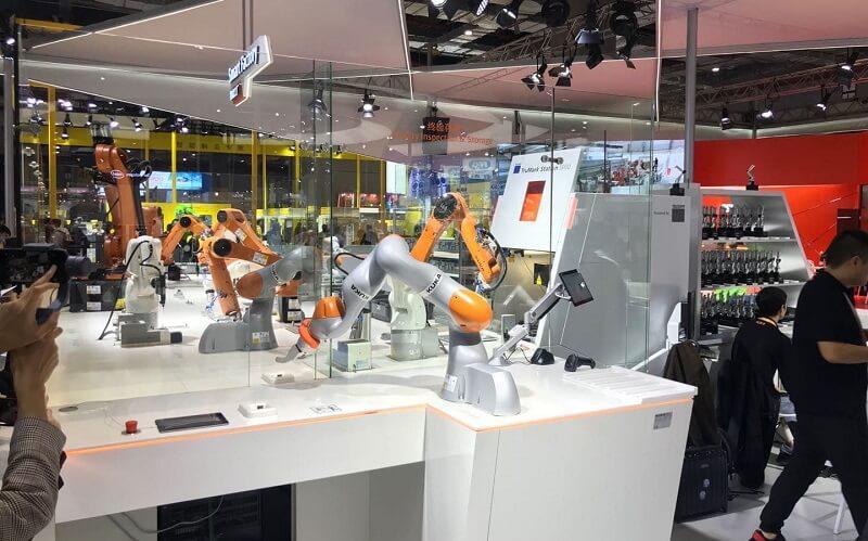 KUKA - producent robotów przemysłowych